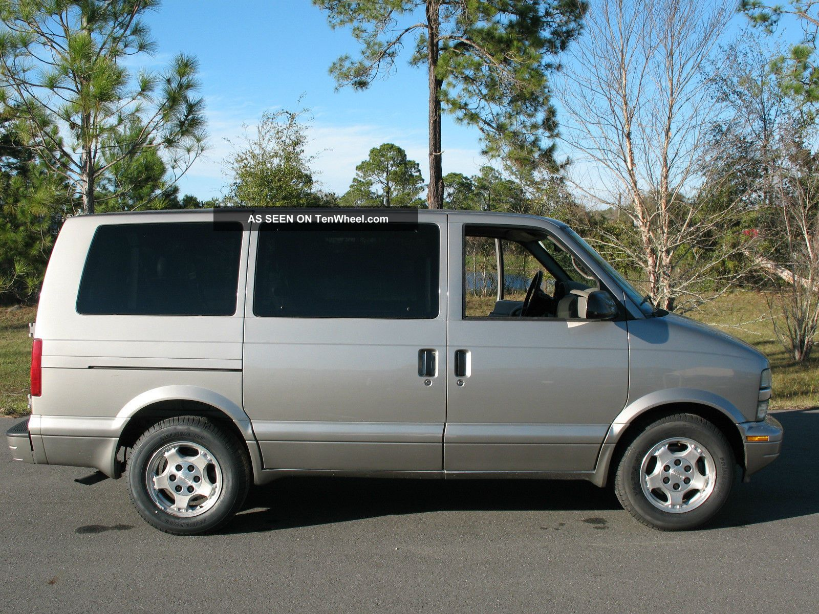 2005 chevrolet astro ls extended passenger van 3 door 4 3l. Black Bedroom Furniture Sets. Home Design Ideas