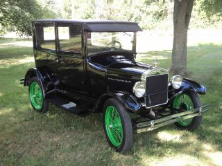 1927 Ford Model T Tudor Numbers Matching Runs And Drives Beautifully photo