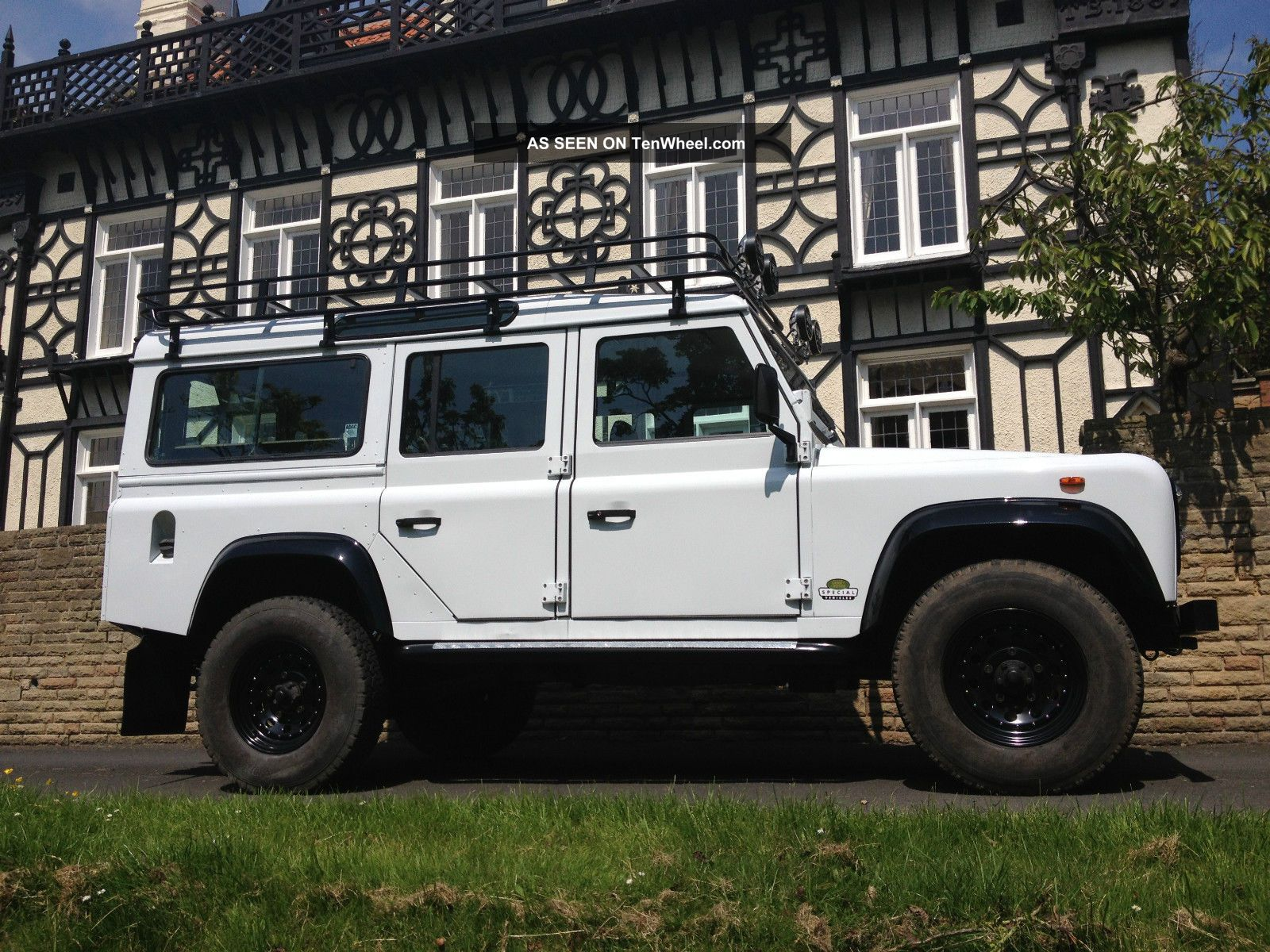 Landrover Defender Lhd 110 County Station Wagon 200 Tdi
