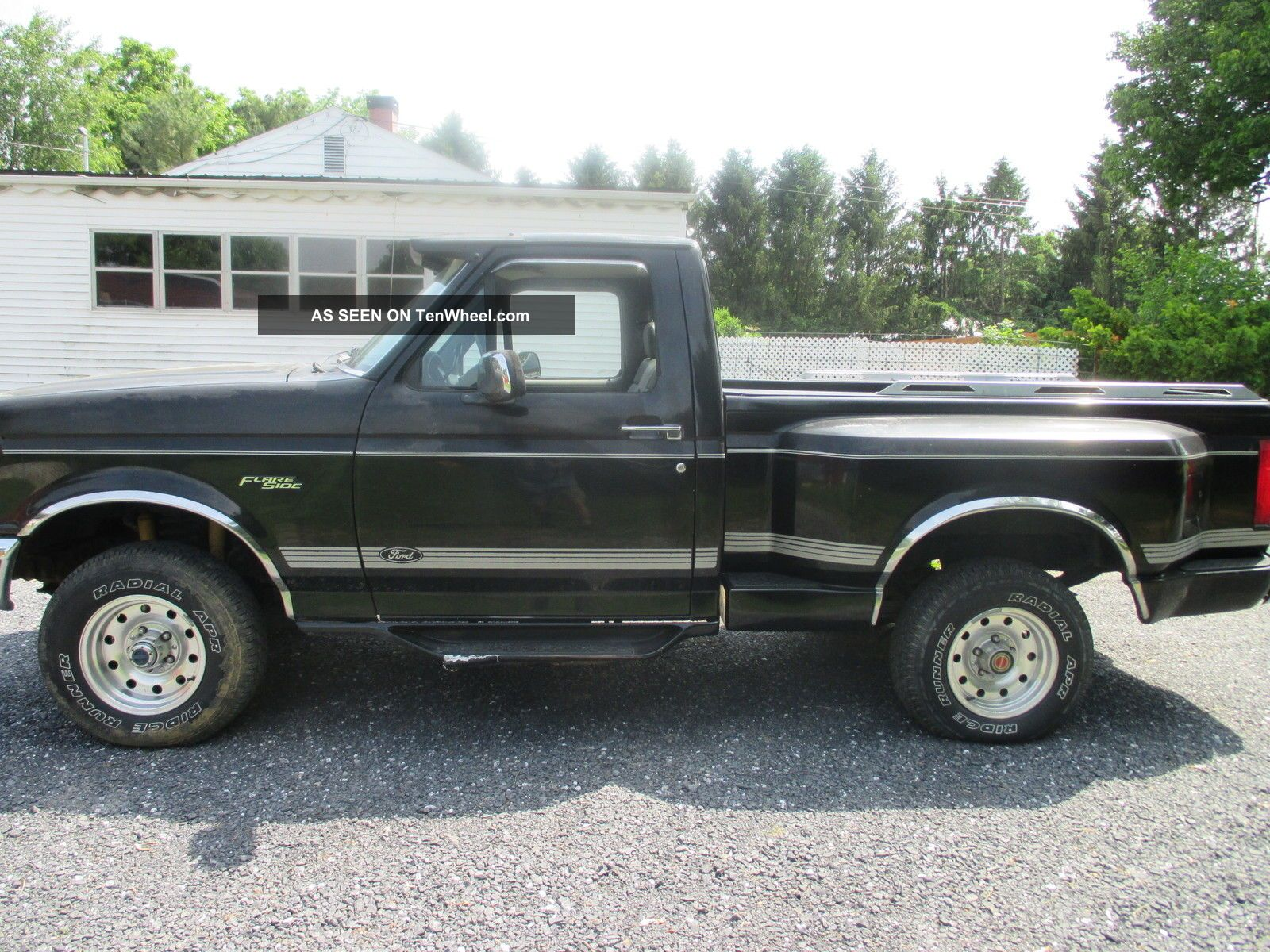1994 ford f 150 xlt 4x4 stepside standard cab pickup 2. Black Bedroom Furniture Sets. Home Design Ideas