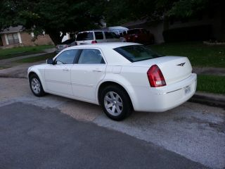 2006 Chrysler 300 Touring 3.  5l, photo