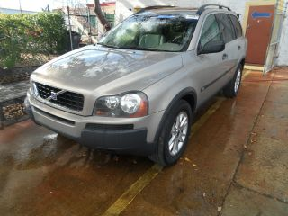 2004 Volvo Xc90 2.  5t Suv 4 - Door 2.  5l,  Automatic,  Turbocharged,  No Accidents photo