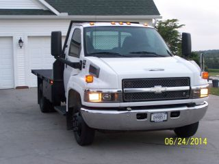 2005 Chevy 4500 Flat Bed photo
