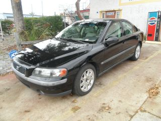 2003 Volvo S60 4 - Door 2.  4l, ,  No Accidents,  Florida Title,  Dependable photo