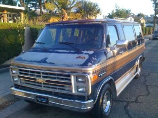 Must Sell 1987 Chevy Sport Van G20 Conversion Chevrolet Passenger Family Camper photo