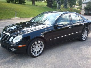 2007 Mercedes Benz E350 4matic photo