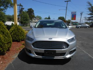 2014 Ford Fusion Se Sedan 4 - Door 1.  5l photo