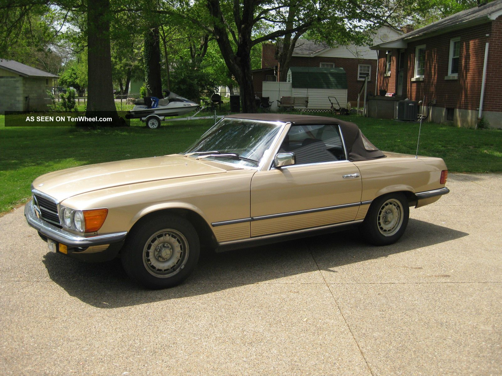 1982 Gold 2 - Door 280 Sl With Six Cylinder Five Speed Manual Trans.  - SL-Class photo