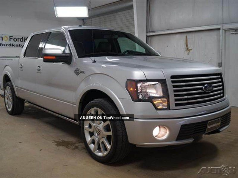 2011 ford f 150 lariat rear wheel drive 6 2l v8 16v automatic. Black Bedroom Furniture Sets. Home Design Ideas