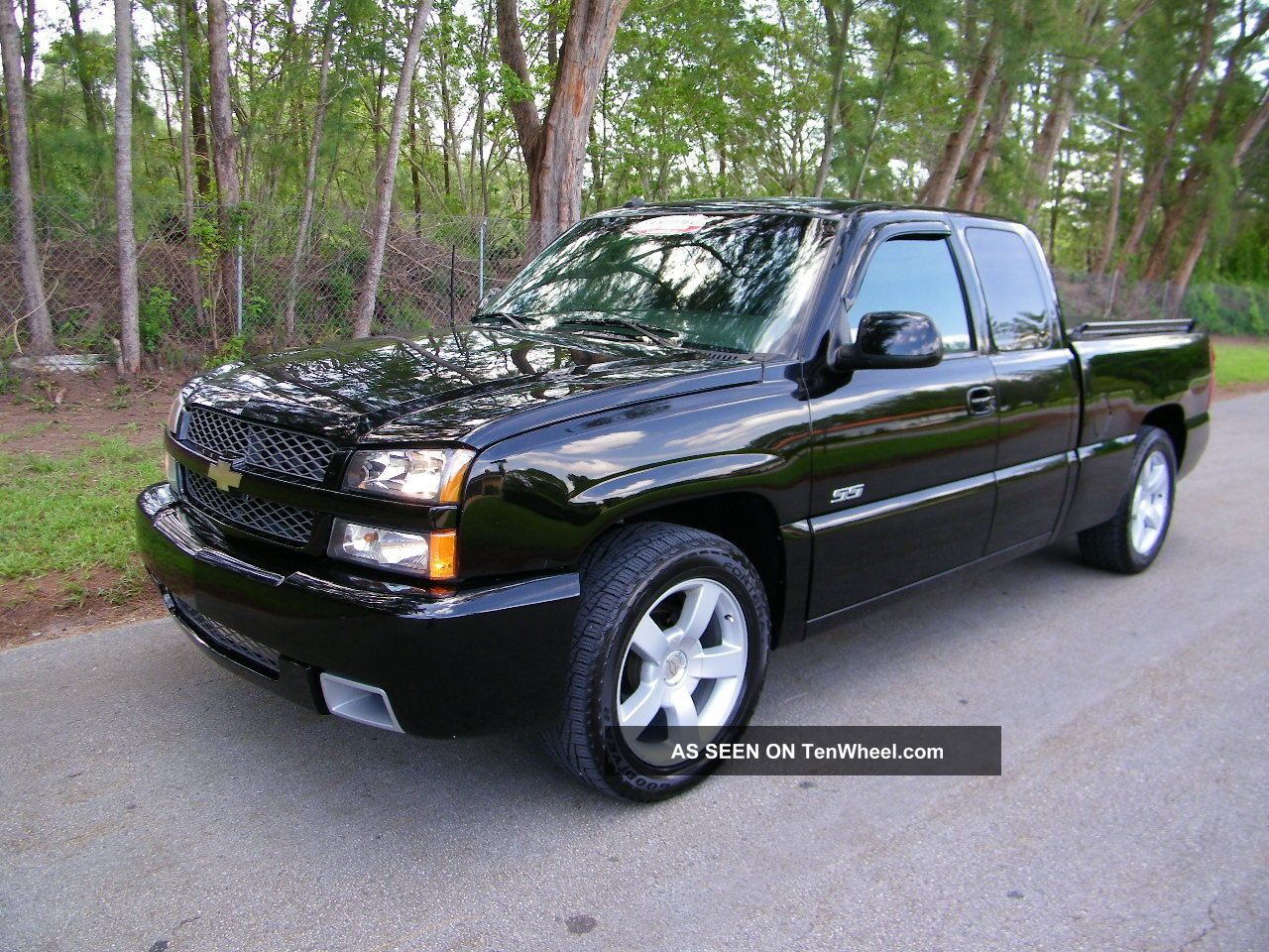 2003 chevrolet silverado 1500 ss extended cab pickup 4. Black Bedroom Furniture Sets. Home Design Ideas
