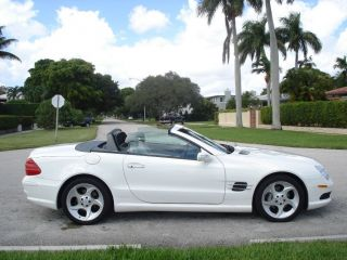 2004 Mercedes - Benz Sl500 Base Convertible 2 - Door 5.  0l photo