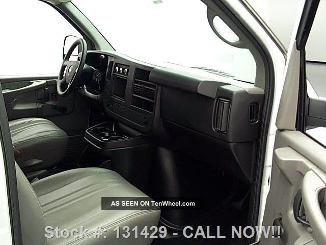 2013 chevy express 1500 cargo van cargo partition 14k texas direct auto. Black Bedroom Furniture Sets. Home Design Ideas