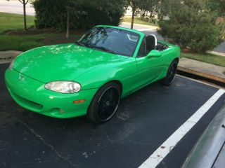 2002 Mazda Miata Base Convertible 2 - Door 1.  8l photo