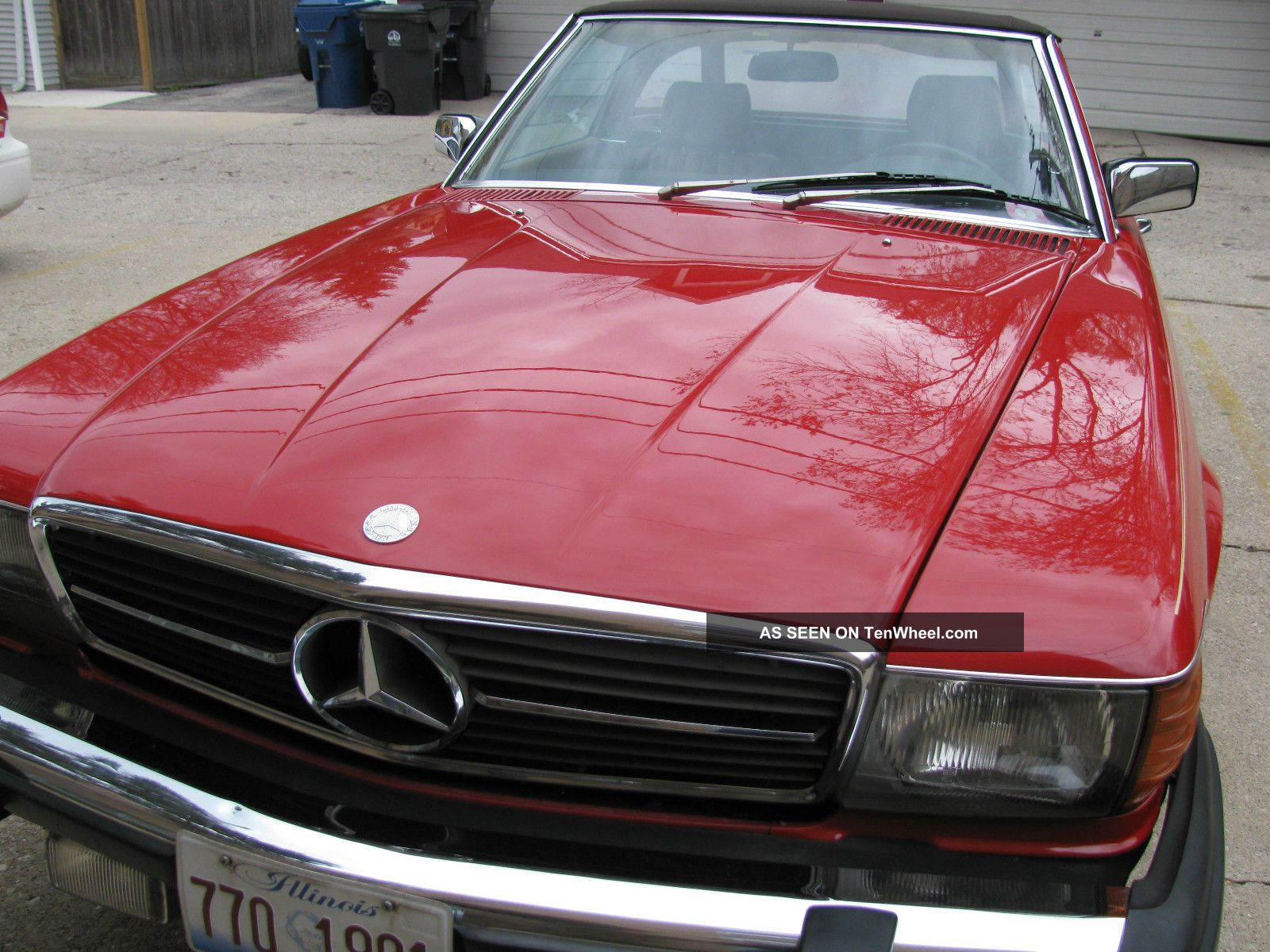 Mercedes Benz 380 Sl Roadster,  1985 SL-Class photo
