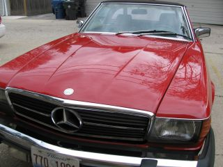 Mercedes Benz 380 Sl Roadster,  1985 photo