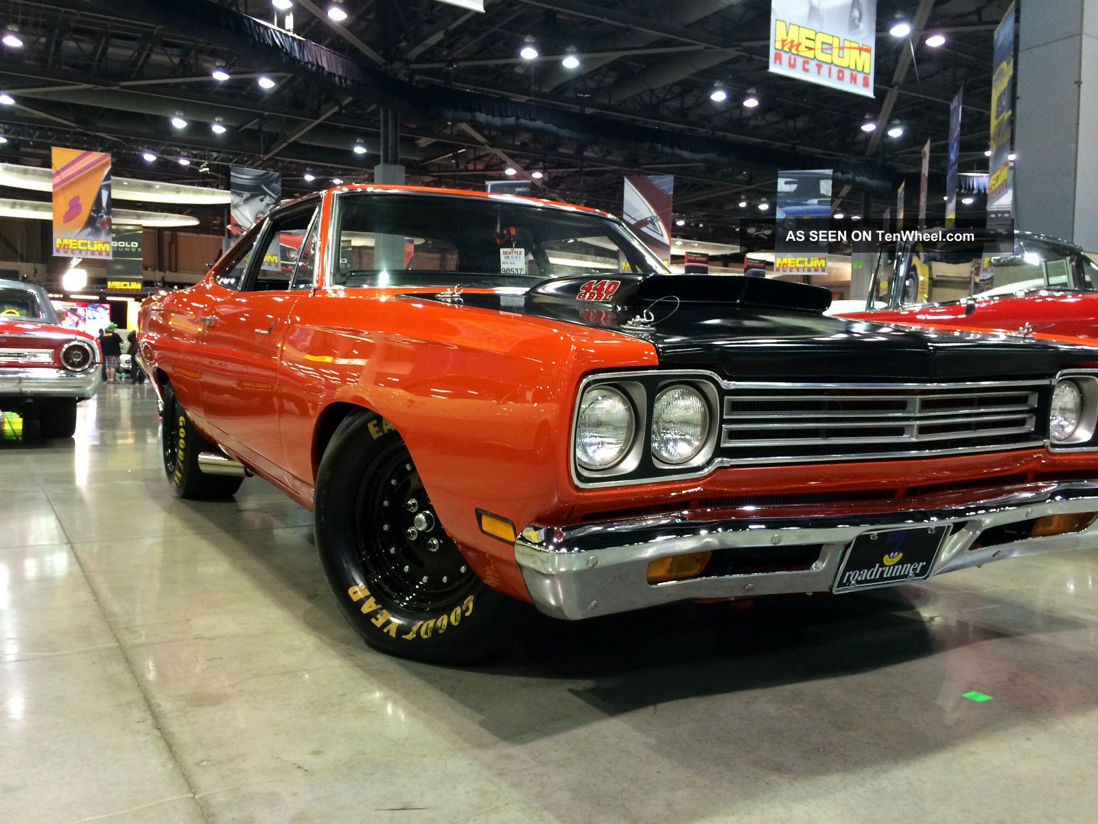 2 - Door Coupe 1969 Plymouth Roadrunner Auto Red A12