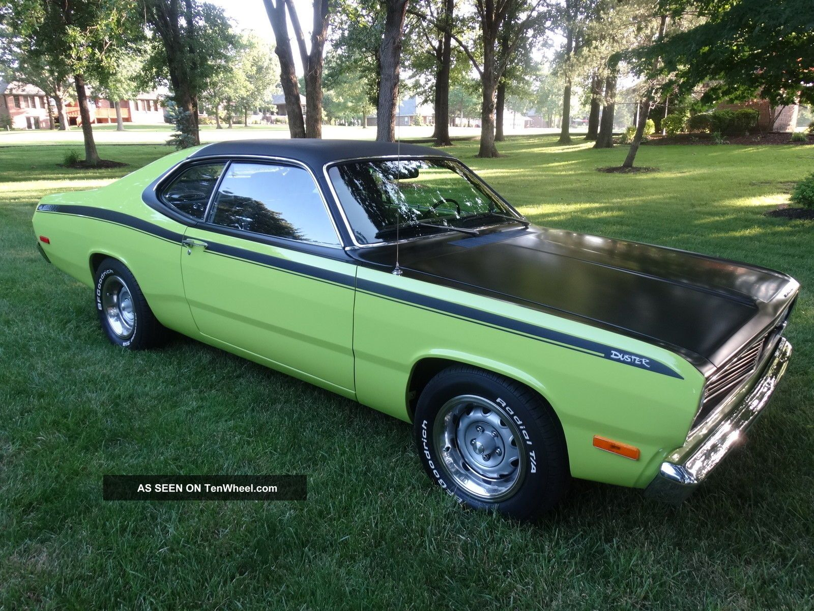 Mopar Plymouth Duster 1972 Professional Restoration Duster photo