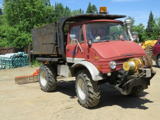 1979 Case Mercedes Unimog photo