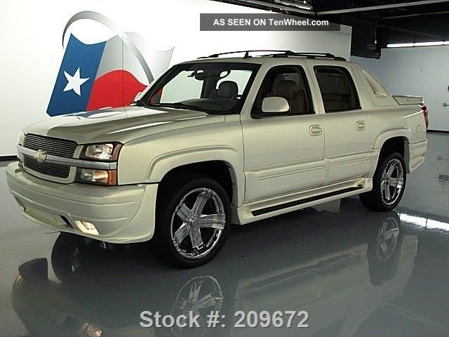 2006 chevy avalanche southern comfort 22 39 s 38k texas direct auto. Black Bedroom Furniture Sets. Home Design Ideas