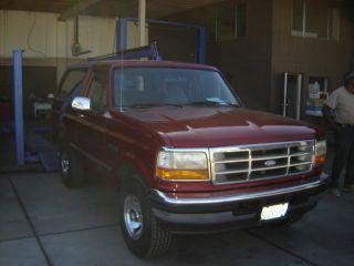 1996 Ford Bronco Ca Desert Car No Rust Never Off Roaded V8 5.  8 photo