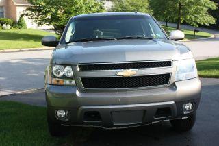 2008 Chevrolet Suburban Lt photo