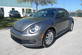 2014 Volkswagen Vw Beetle 2.  5l Abs Cruise Just 2k Mi photo