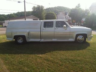 1984 Gmc Crew Cab Dually Pro - Street photo