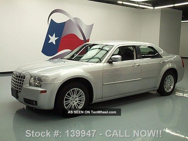 2010 Chrysler 300 Touring 3.  5l V6 Alloys 57k Mi Texas Direct Auto 300 Series photo