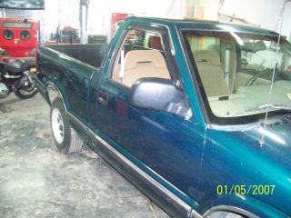 1996 Chevy S - 10 S10 Ls V8 Project Truck Green Short Bed Truck 350 photo