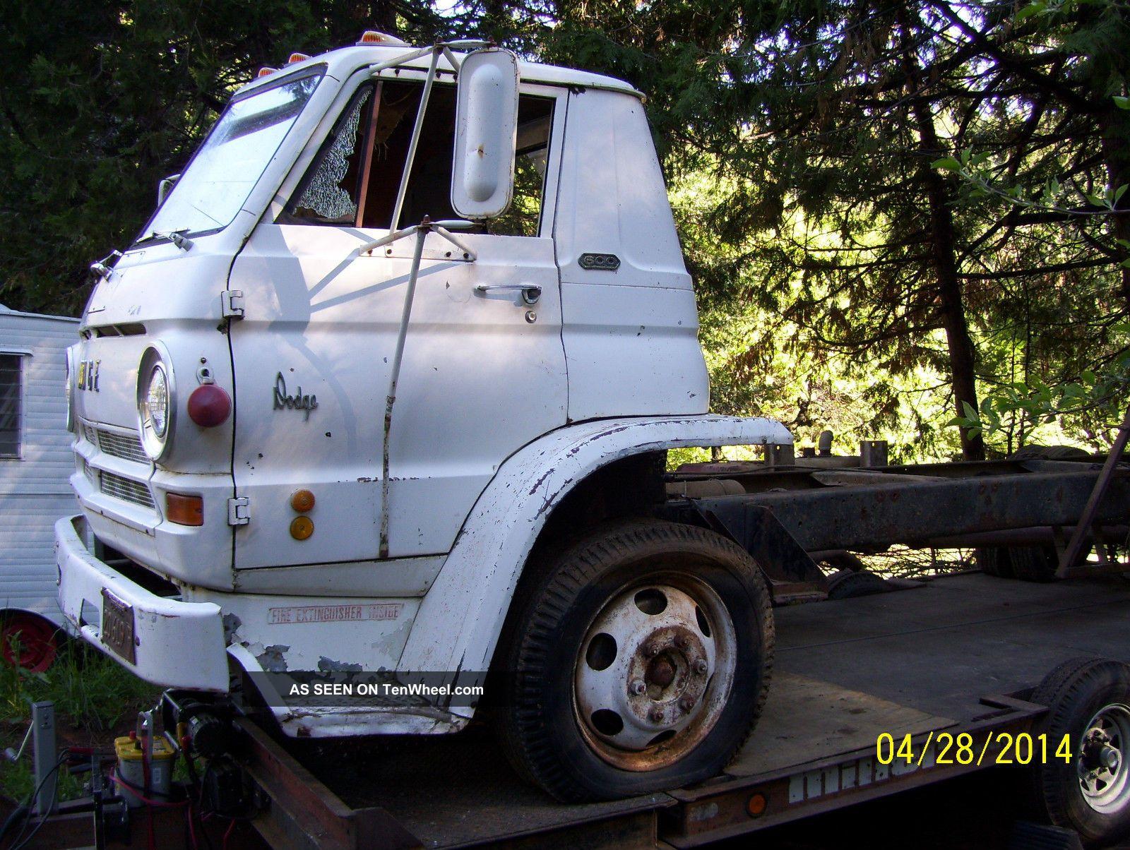 Dodge L Cabover Coe Cid Wedge Now Registered California No Rust Lgw on 1970 Dodge 4 Door Truck