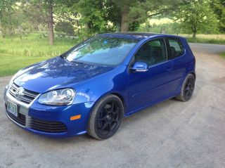 2008 Volkswagen R32 Base Hatchback 2 - Door 3.  2l photo