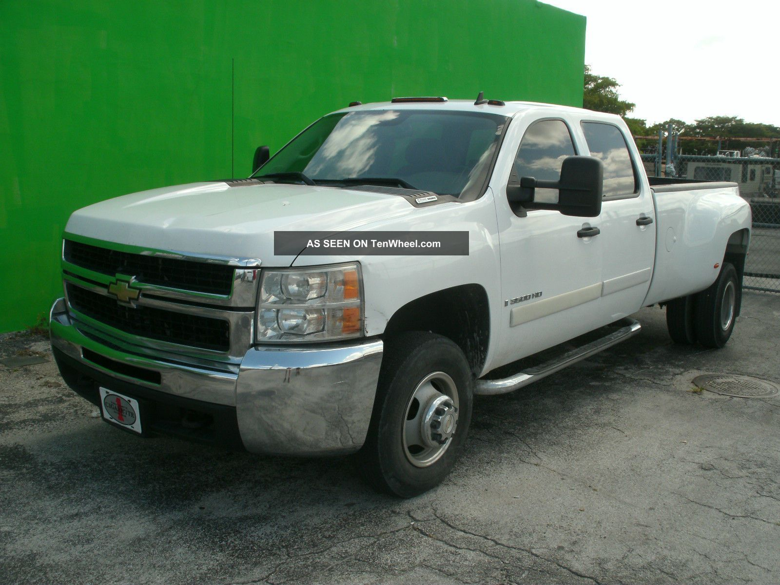 2007 chevrolet silverado lt 3500 hd crew cab 4 door 6 6l duramax turbo diesel. Black Bedroom Furniture Sets. Home Design Ideas