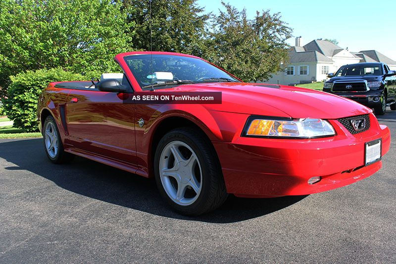 1999 ford mustang gt convertible 35th anniversary year. Black Bedroom Furniture Sets. Home Design Ideas