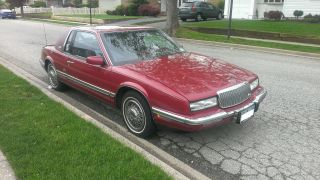 Classic 1990 Buick Rivera 2 Door Coupe Immaculate Condition Car photo