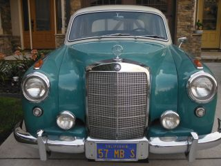 1957 Mercedes Benz 220s photo