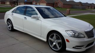 2010 Mercedes - Benz S550 Pre - Owned photo
