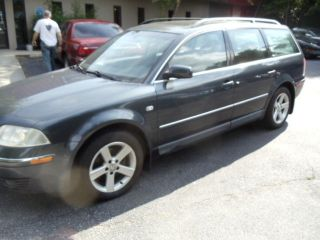 2004 Volkswagen Passat Glx Wagon 4 - Door 2.  8l photo