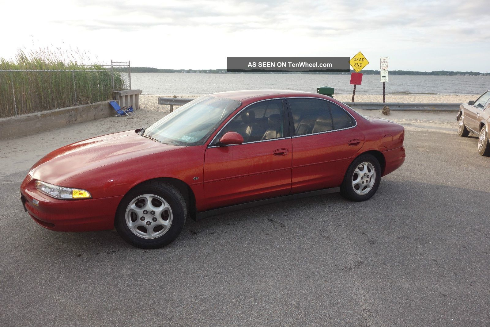 1999 Oldsmobile Intrigue Gl Sedan 4 - Door 3.  8l Intrigue photo