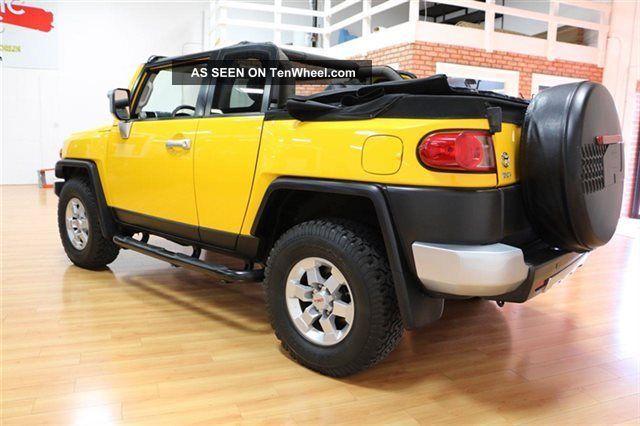 2008 toyota fj convertible 4x4 yellow truck. Black Bedroom Furniture Sets. Home Design Ideas