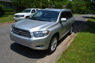 2008 Toyotal Highlander Hybrid Limited - Silver photo
