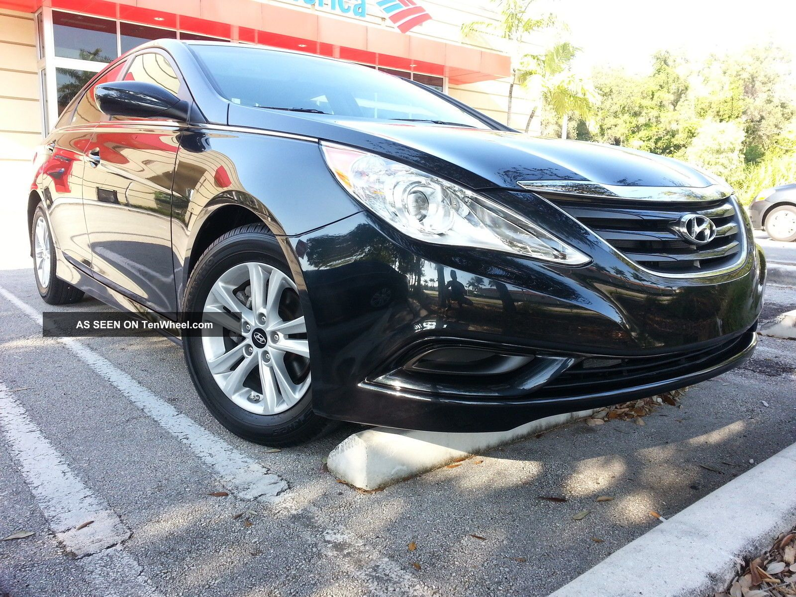 2014 Hyundai Sonata Gls Sedan 4 - Door 2.  4l With / Sonata photo