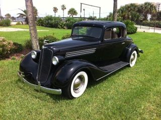 1935 Buick 2 Door 3 Window Coupe V / 8 Auto A / C More photo