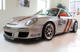 2010 Porsche Gt3 Track Car,  Race Car,  997.  2,  De Club Race photo