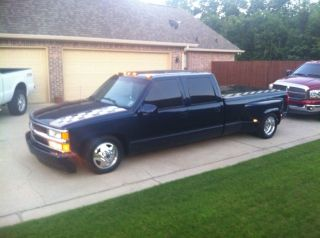 1996 Chevy Dually photo
