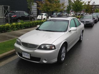 2004 Lincoln Ls E Sedan 4 - Door 3.  9l photo