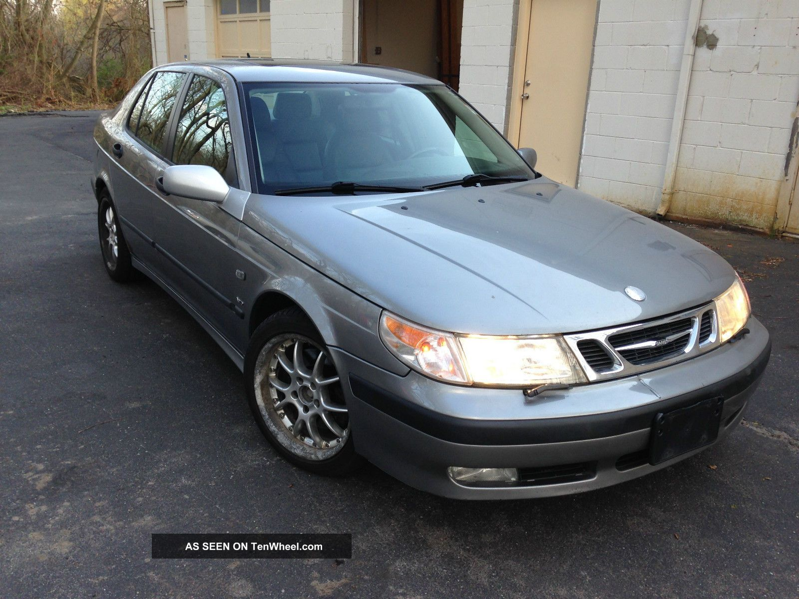 2001 Saab 9 - 5 Aero 2.  3l Turbo 136737 Mill 9-5 photo