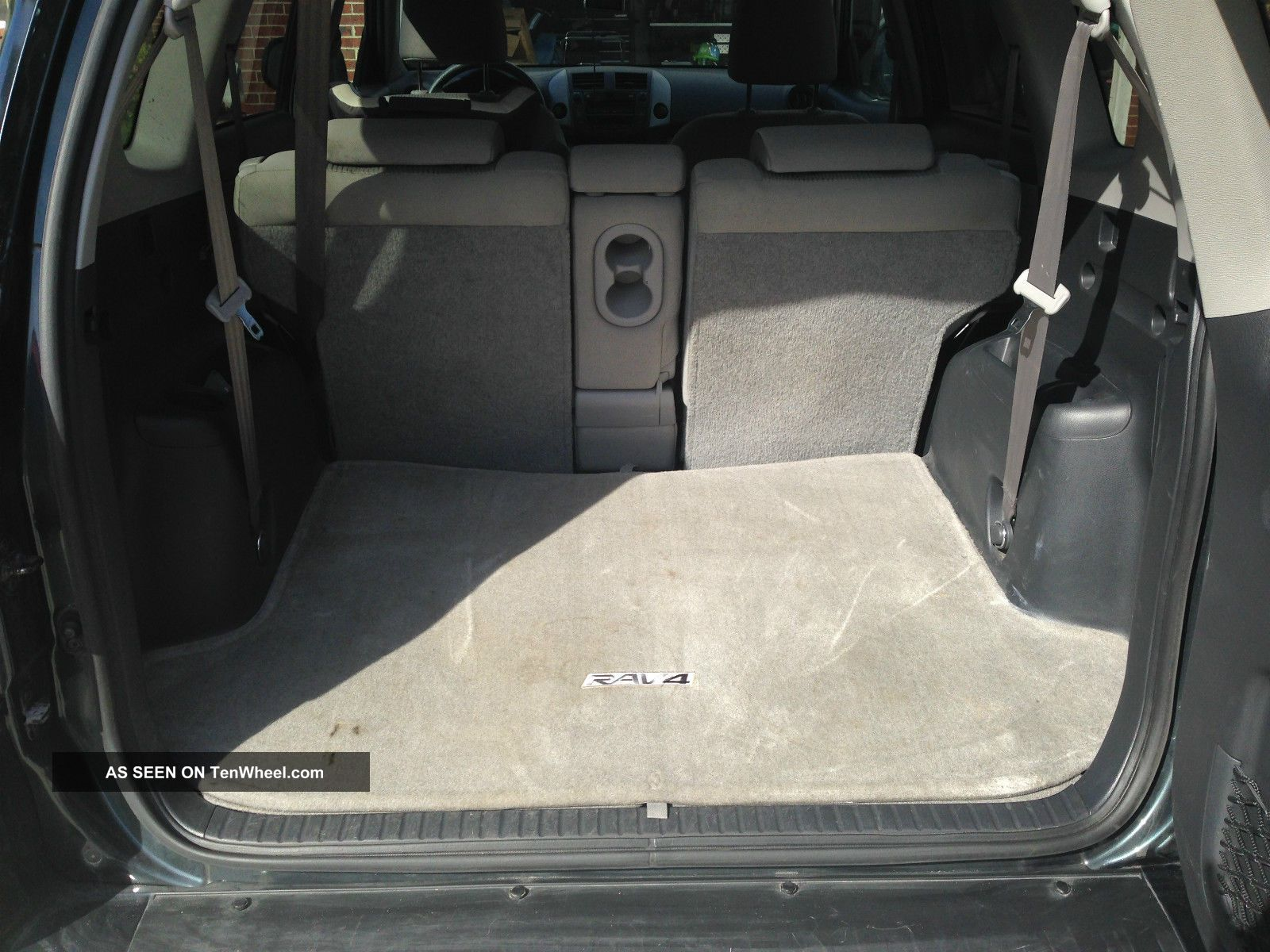 toyota rav 4 2014 3rd row seats autos post. Black Bedroom Furniture Sets. Home Design Ideas