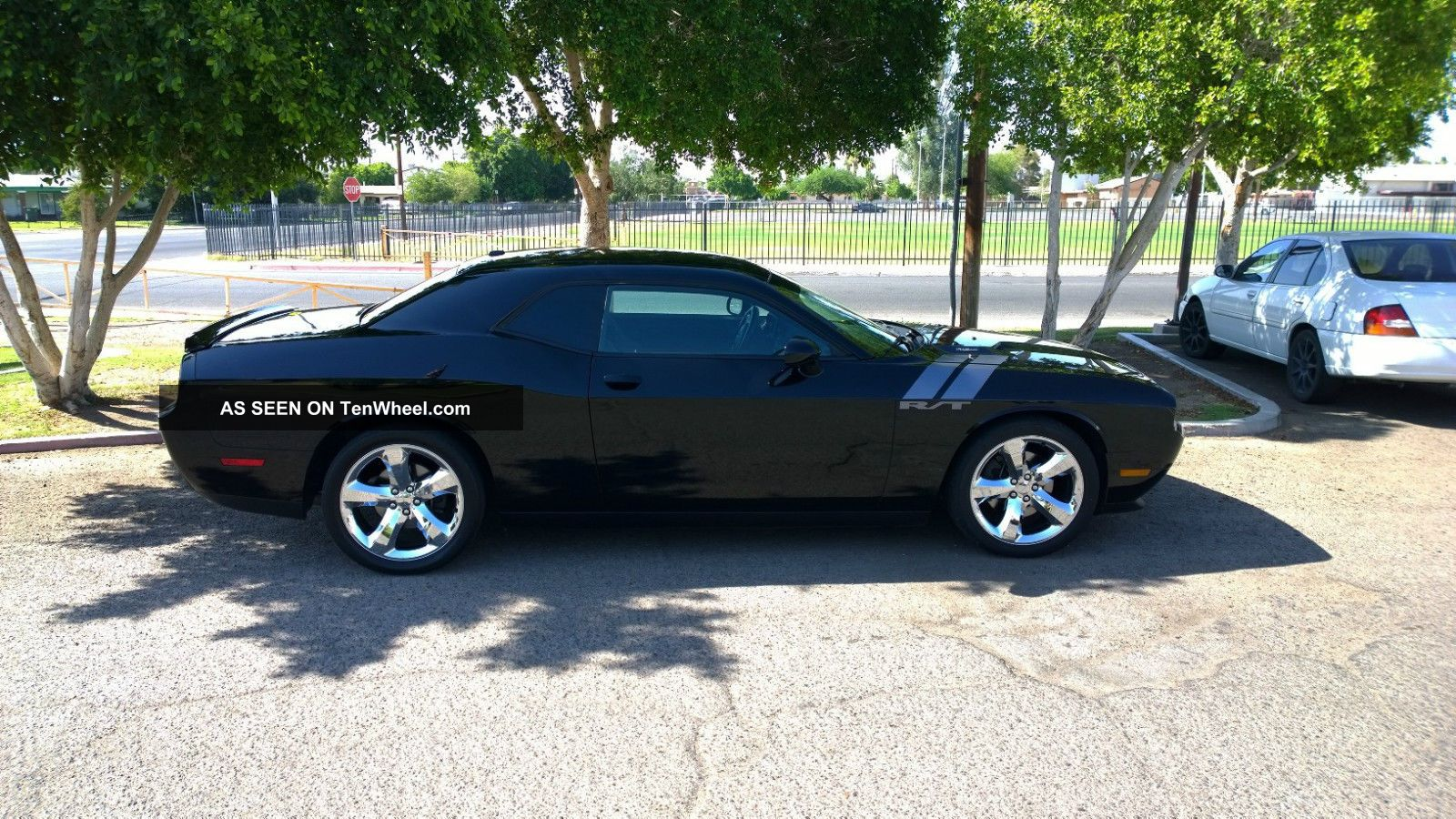 2013 dodge challenger r t coupe 2 door 5 7l challenger photo 4. Cars Review. Best American Auto & Cars Review