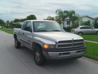 2001 Dodge Ram 1500 Laramie Extended Cab Pickup 2 - Door 5.  2l photo