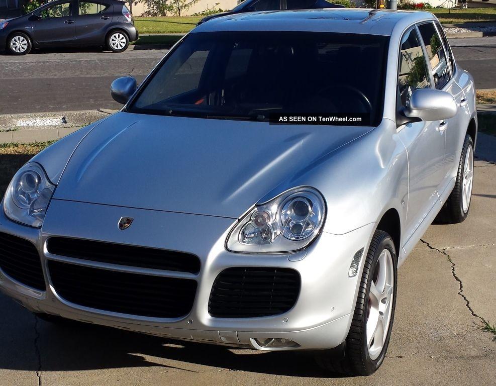 2004 Porsche Cayenne Turbo Sport Utility 4 - Door 4.  5l Cayenne photo